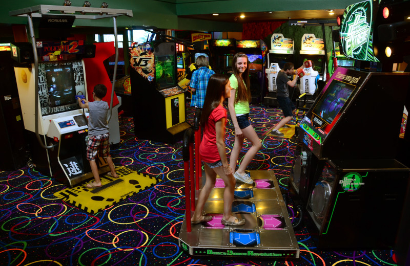Video arcade at Tan-Tar-A Resort.
