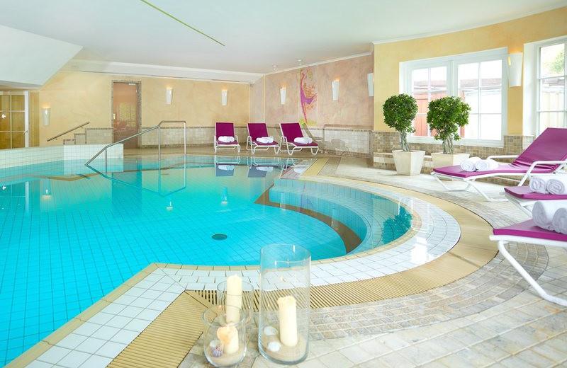 Indoor pool at Dorint Strandhotel Westerland/Sylt.
