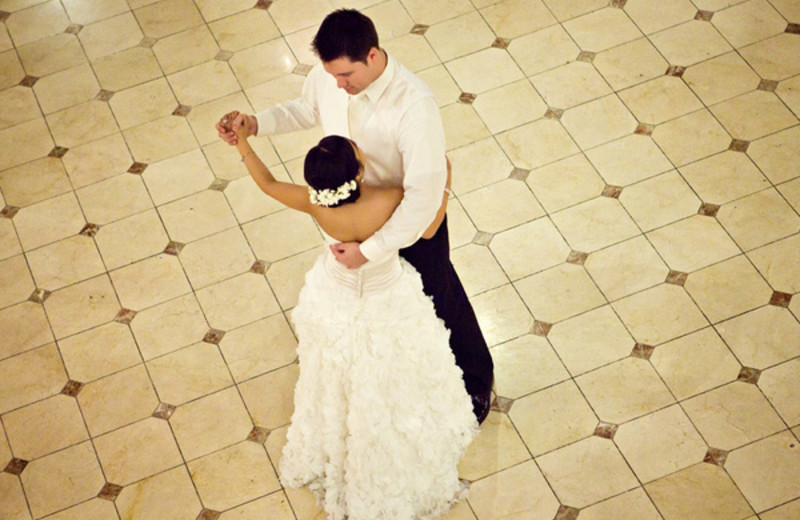 Wedding Dance at The Founders Inn