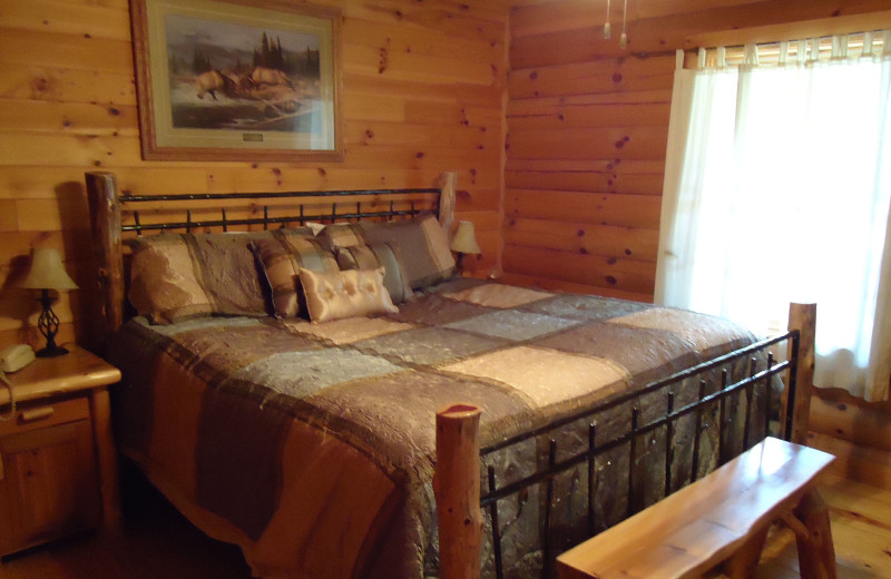 Guest bedroom at Elk Ridge Ranch.