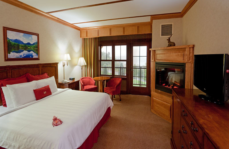 Guest Suite at the Crowne Plaza Resort & Golf Club