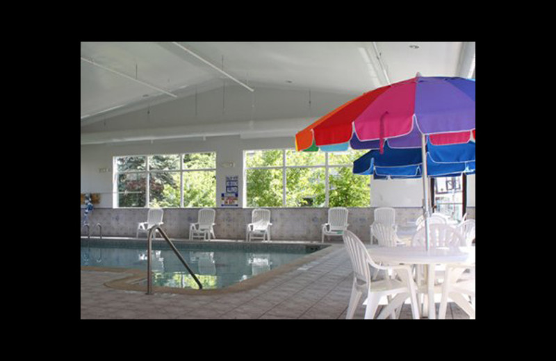 Indoor pool at Comfort Inn & Suites Ann Arbor.