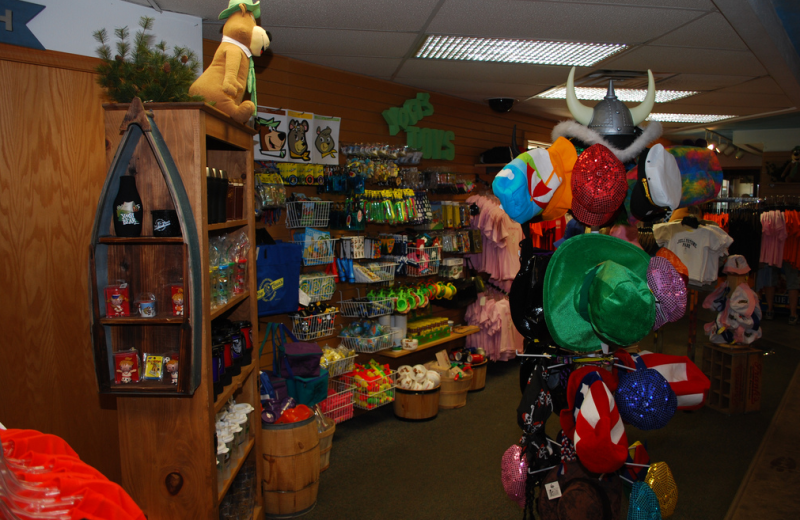 Gift shop at Yogi Bear's Jellystone Park Warrens.