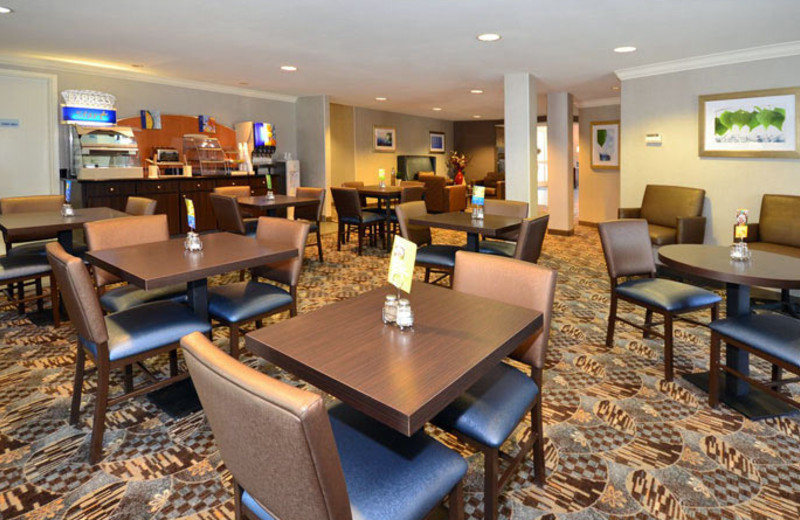 Breakfast Area at Holiday Inn Express Hotel & Suites Santa Clara