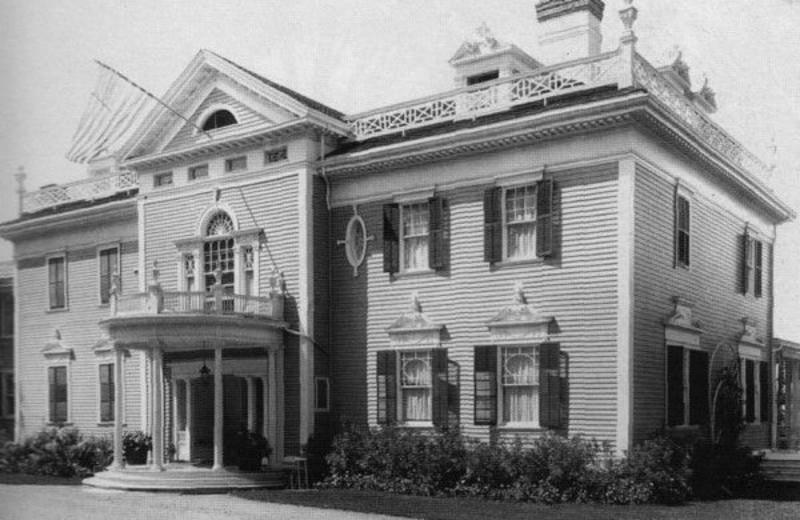 The Historic Kemble Inn
