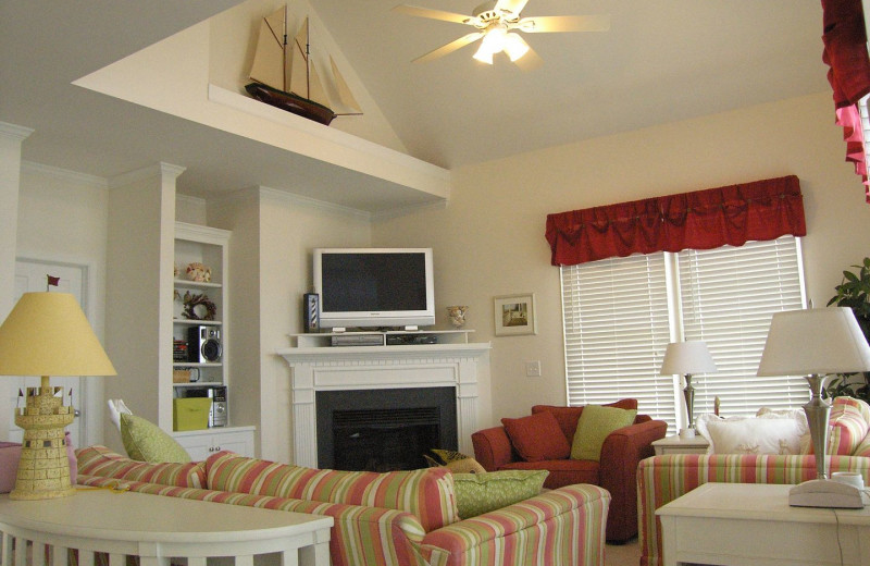 Rental living room at Pirate's Cove Realty.