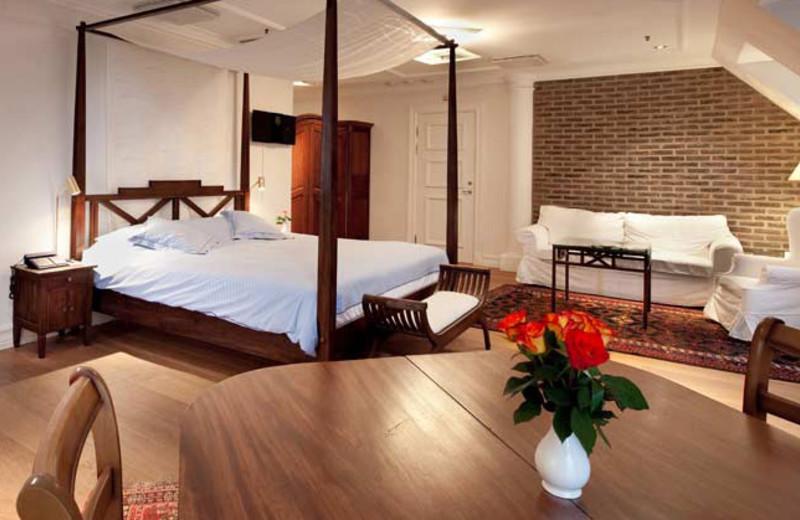 Guest room at Master Johan Hotel.