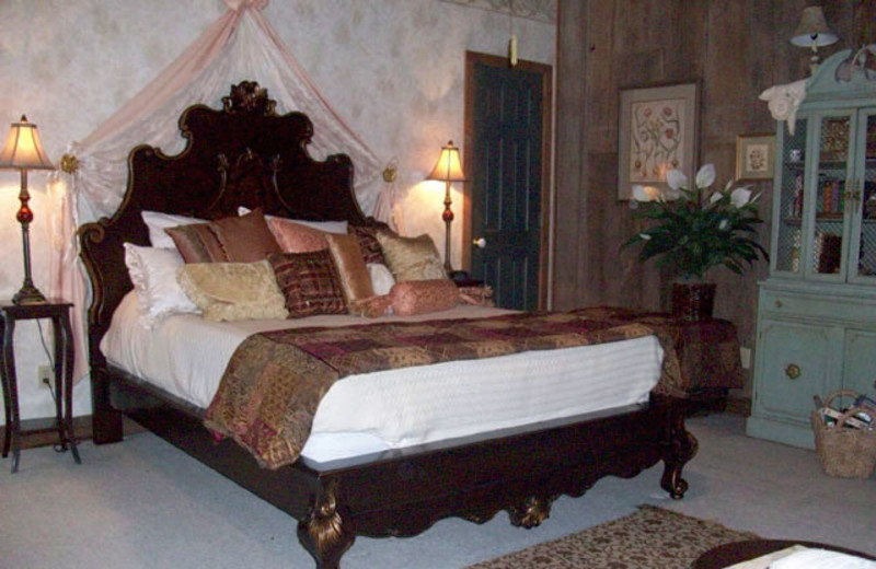 The Tuscany Jr. Suite at Airy Mount Bed and Breakfast.