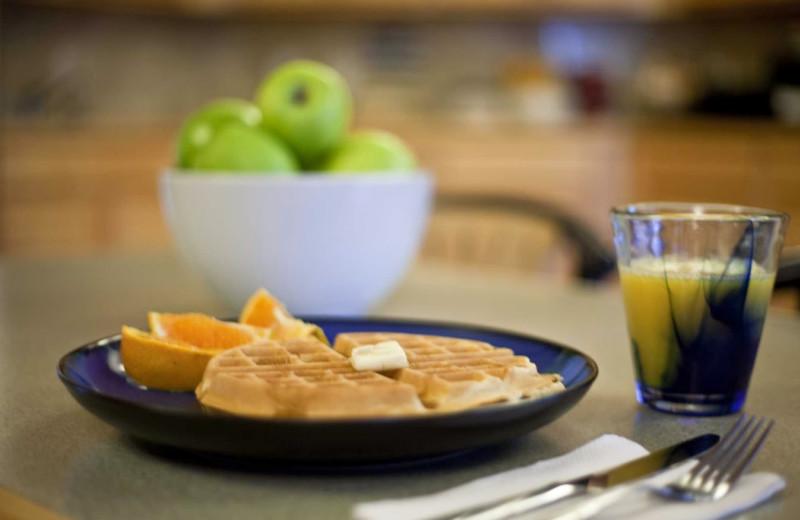 Breakfast at Inn at Wecoma Lincoln City.