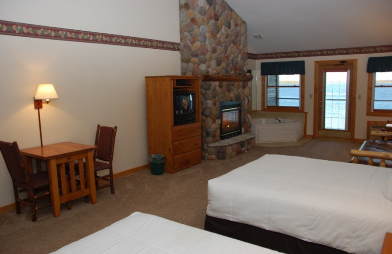 Suite guest room at Quarterdeck Resort.