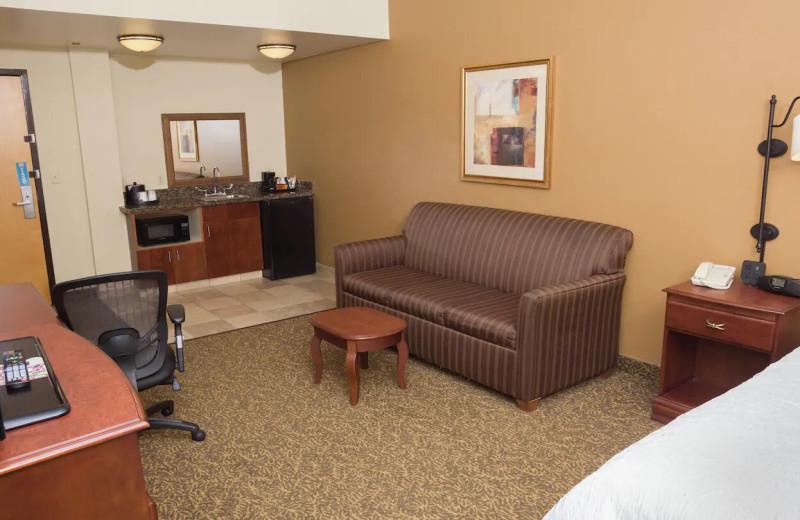 Guest room at Hampton Inn Oneonta.