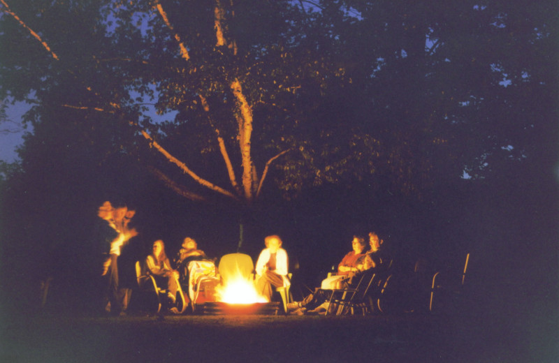 Bonfire at Fisher's Lakeside Cottages.