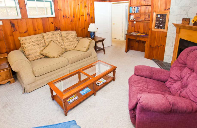 Suite living room at Mill House Lodge.