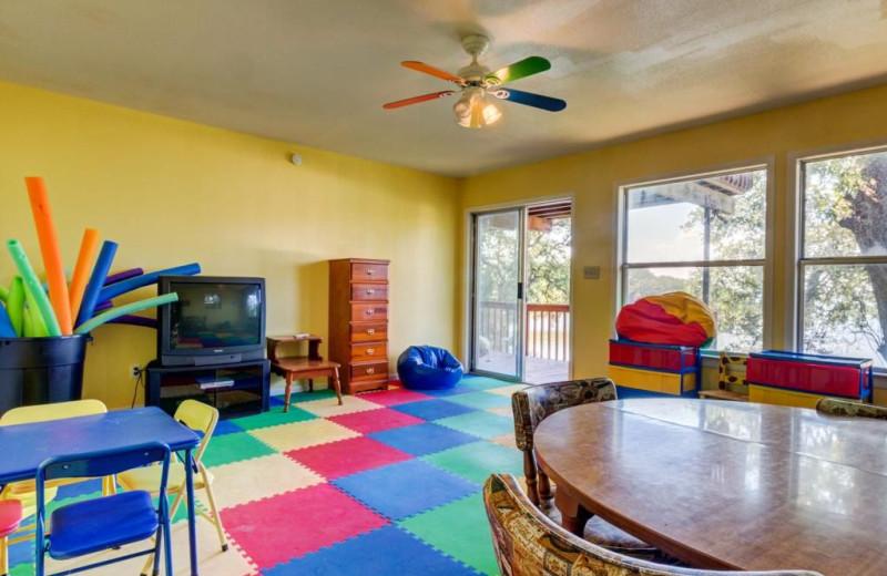 Kids room at Moores Hidden Cove Retreat.