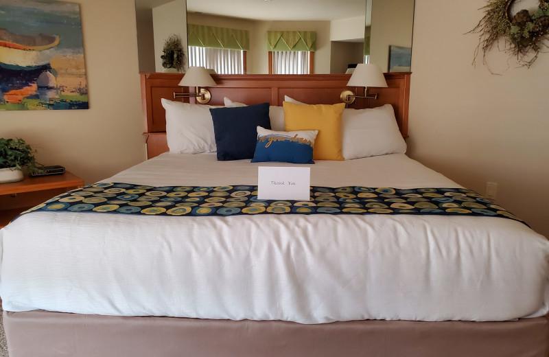 Guest bedroom at Glidden Lodge Beach Resort.