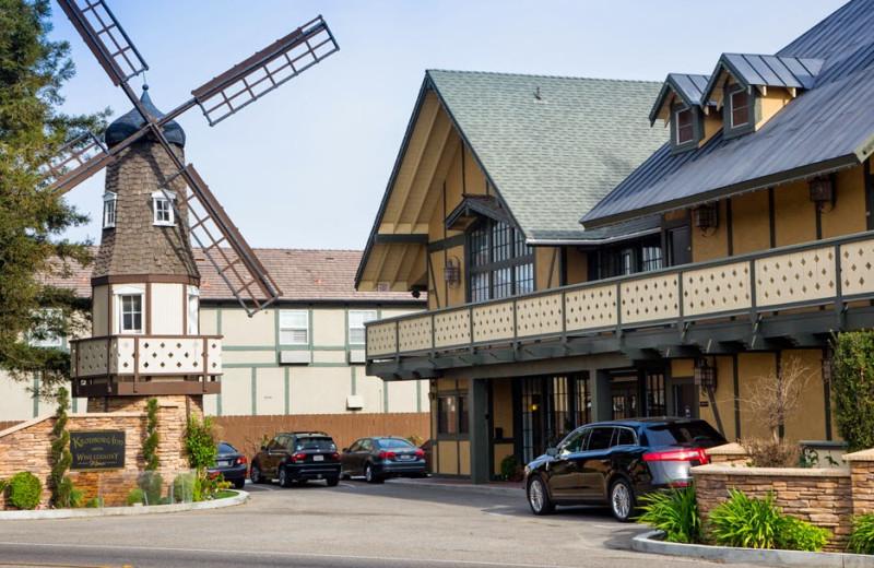 Exterior view of Kronborg Inn.