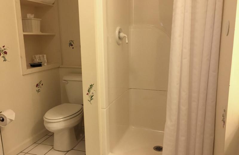 Carriage house bathroom at Birchwood Inn.