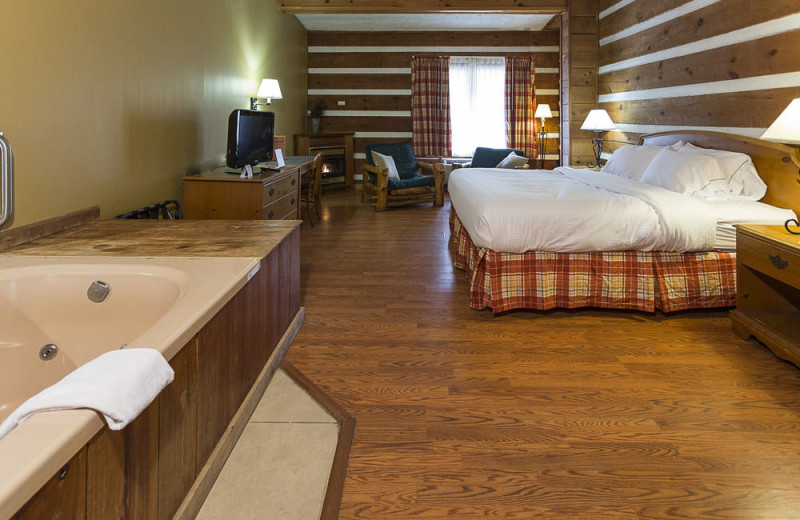 Guest room with jacuzzi at Timbers Lodge.
