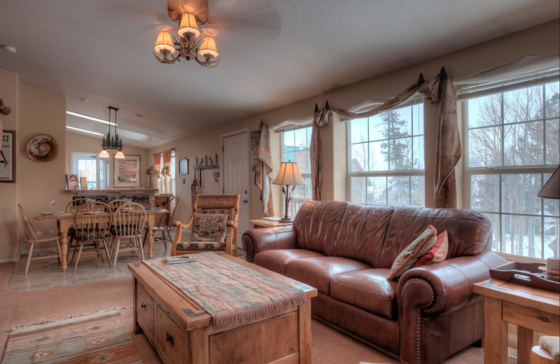 Cabin living room at Black Wolf Lodging.