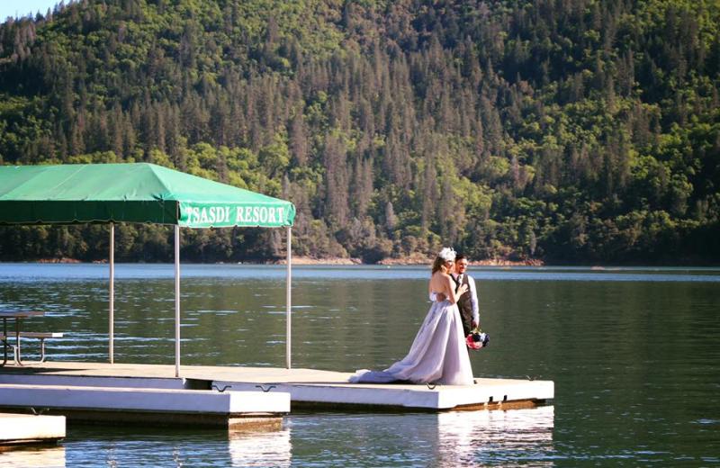 Wedding at Tsasdi Resort.