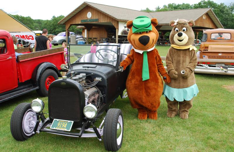 Old car show at Yogi Bear's Jellystone Park Warrens.