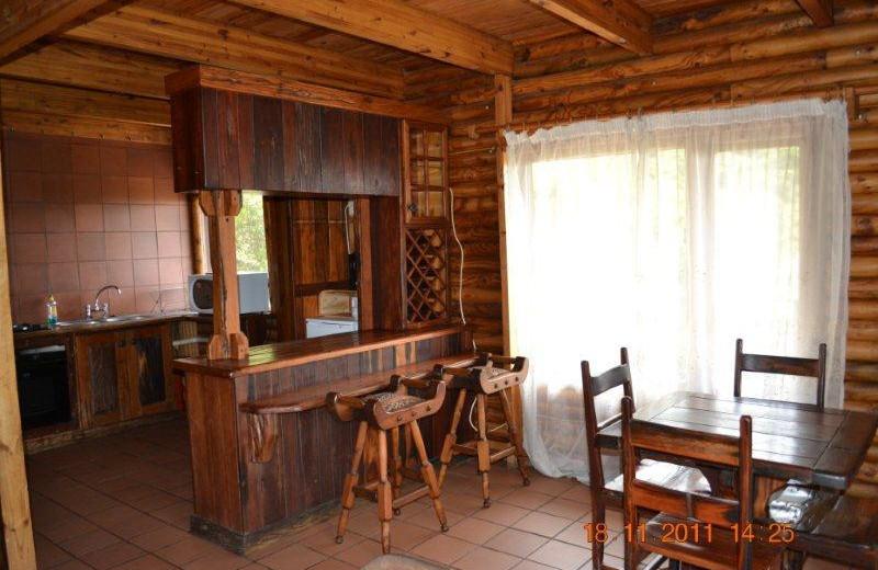 Cabin kitchen at Mount Everest Guest Farm.