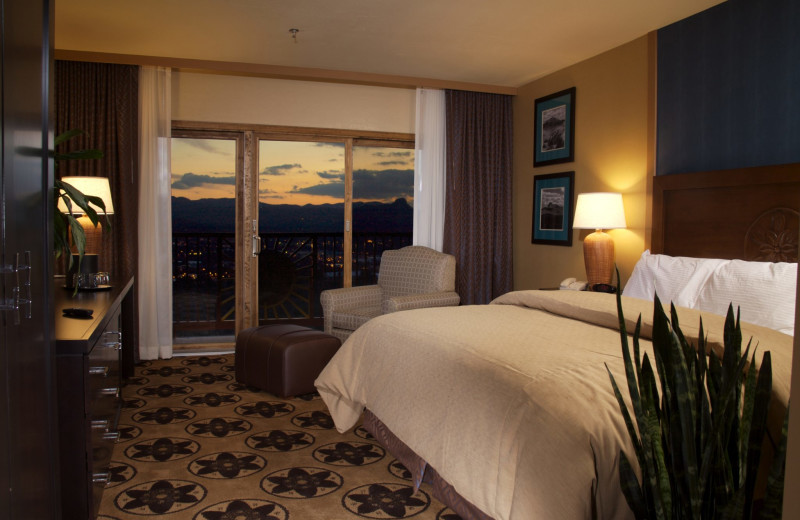 Guest room at Prescott Resort & Conference Center.