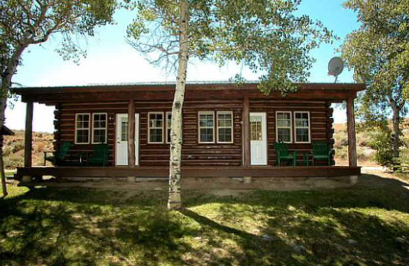 Exterior of Cabin at Lakeside Lodge