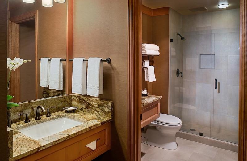 Guest bathroom at Wyoming Inn of Jackson Hole.