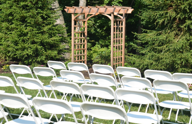 Wedding ceremony at Westport Inn.