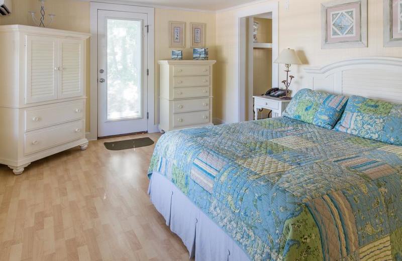 Cottage bedroom at New Seabury Resort.