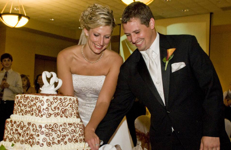 Wedding couple at Kalahari Waterpark Resort Convention Center.