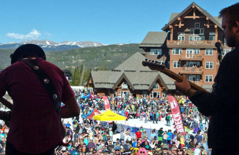 Concert at Grand Colorado on Peak 8.