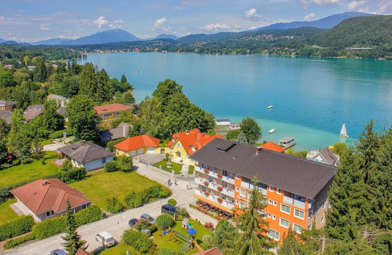 Exterior view of Flairhotel am Wörthersee.