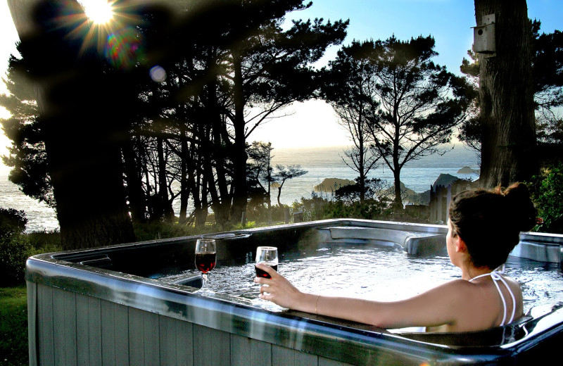 Hot tub at Agate Cove Inn.