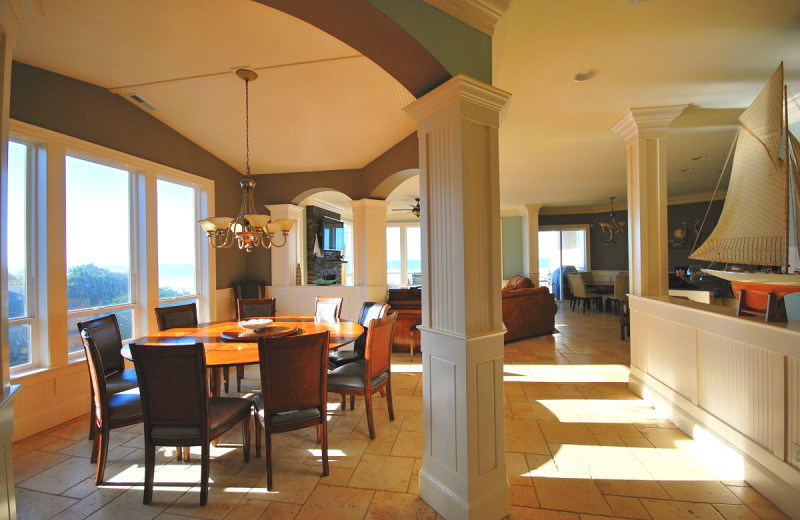 Guest dining room at Admiral's Beach Retreat.