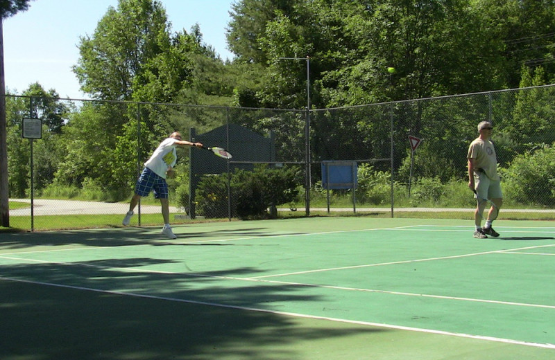 Tennis court at Bayview Wildwood Resort.