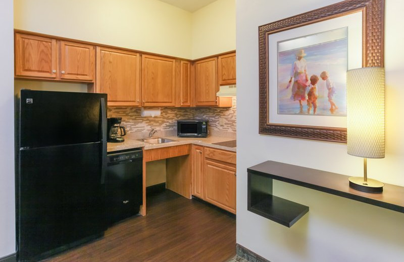Guest kitchen at Staybridge Suites Naples-Gulf Coast.