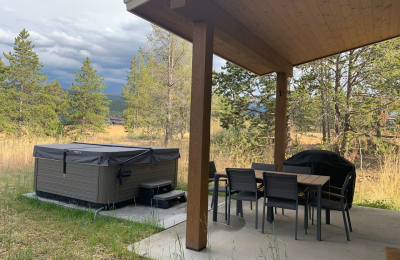 Rental patio at Access Winter Park Lodging.