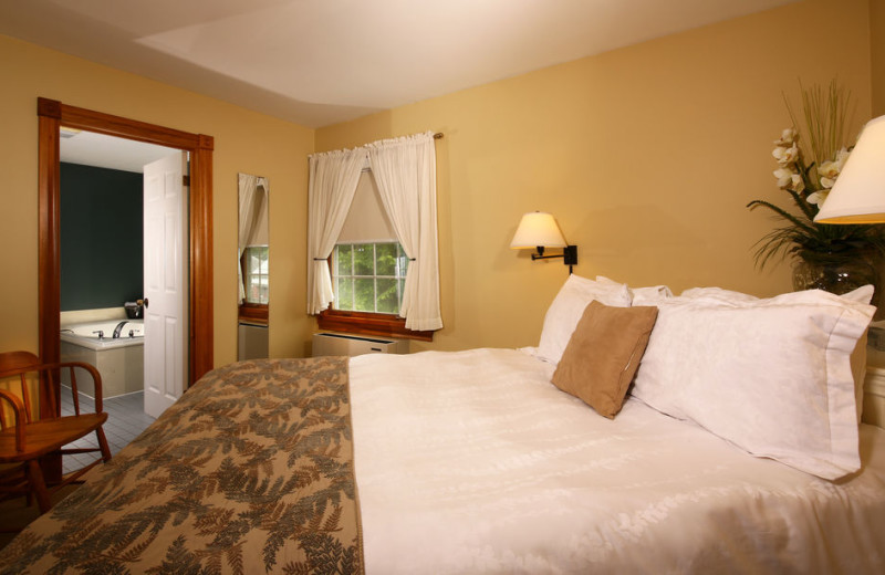 Guest room at Kettle Creek Inn & Restaurant.