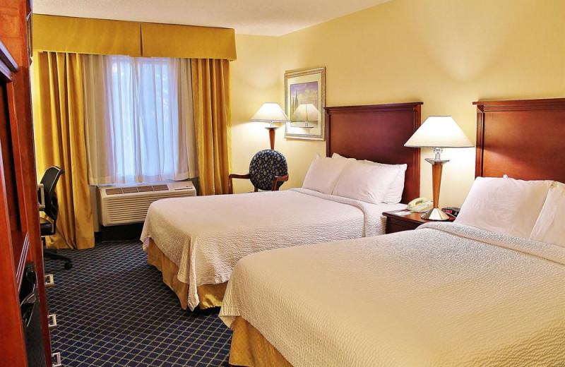 Guest room at Baymont Inn & Suites Flagstaff.