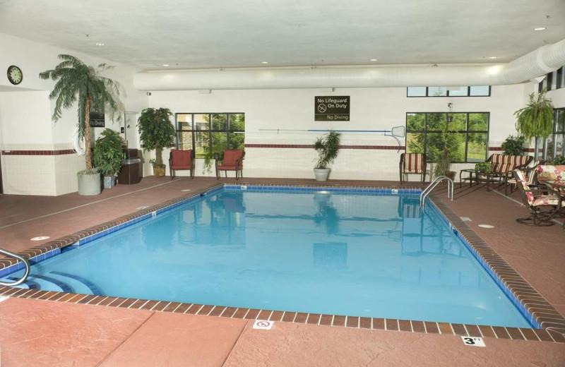 Indoor pool at Hampton Inn & Suites Springfield.