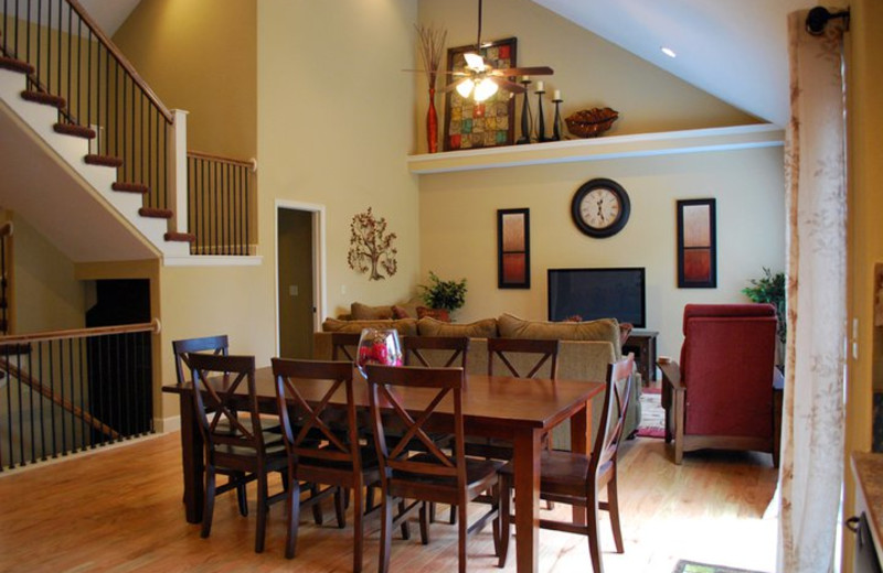 Rental dining at Vacation Home in Branson.