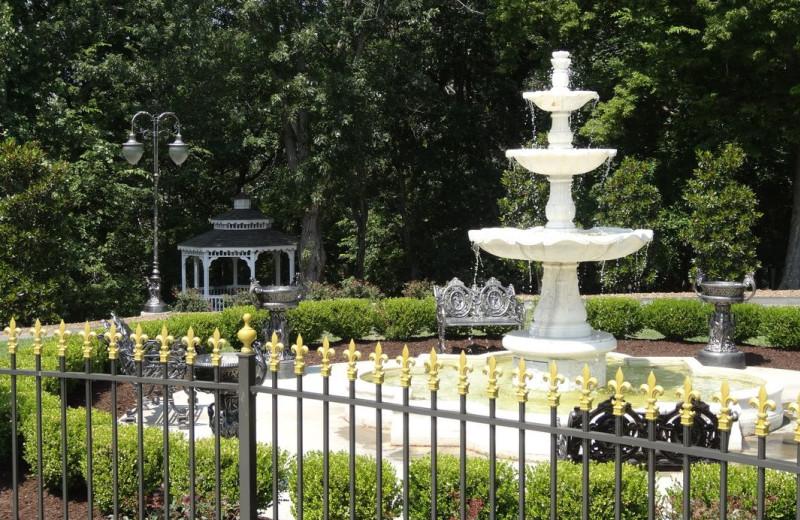 Garden at Queen Anne Mansion and Resort.