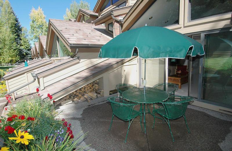 Rental patio at Frias Properties of Aspen - Clarendon #6.
