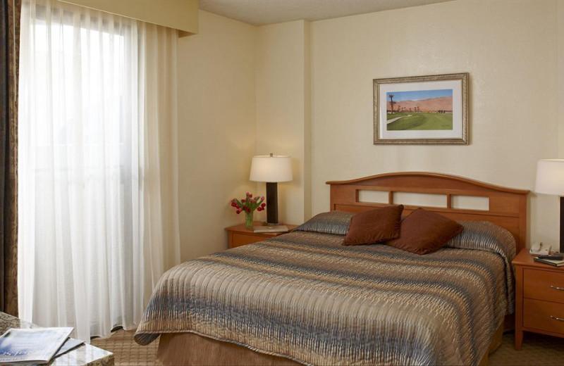 Vacation rental bedroom at Vista Mirage Resort.