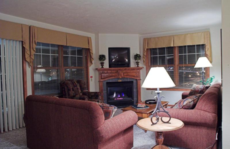 Guest living room at Bridgeport Waterfront Resort.
