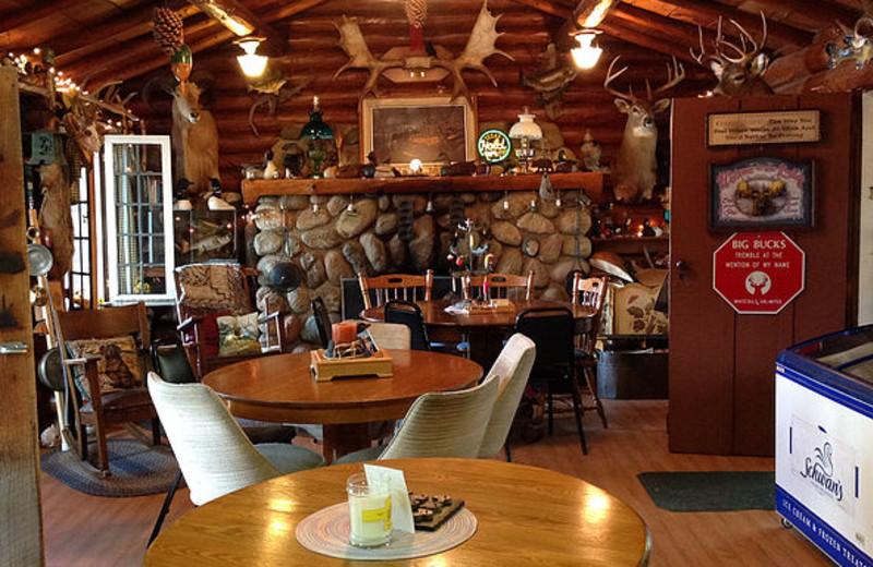 Interior of the Lodge at Beauty Bay Lodge & Resort