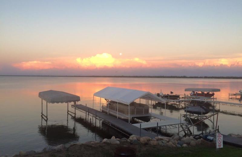 Lake sunset at Barky's Resort.