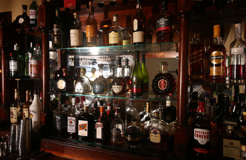 Bar at Sir Sam's Inn and WaterSpa.
